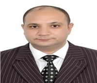 يحيى هاشم يكتب  رئيس يبني وطن