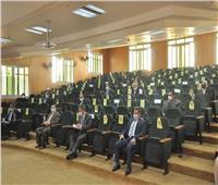 مجلس جامعة كفرالشيخ يناقش إجراءات وضوابط امتحانات الفصل الدراسي الأول