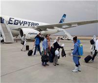 اليوم مطار القاهرة يستقبل 223 بينهم رحلة المارد الأحمر 