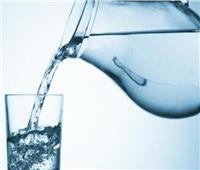 استشاري تغذية: شرب الماء ضروري في هذه الحالة
