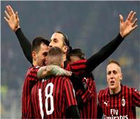 «إبراهيموفيتش» على رأس قائمة ميلان أمام سبيزيا في «الكالتشيو الإيطالي»