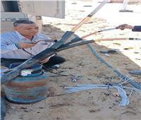 اصلاح كابلات الكهرباء التي تضررت بفعل السيول في وسط سيناء