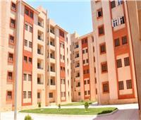 تسليم 85 وحدة سكنية بديلة للعشوائيات للمستحقين بـ«رأس غارب»