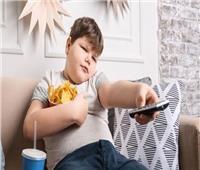 5 أسباب لسمنة الأطفال.. أبرزها «النوم والتليفزيون»