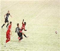 «الثلوج» توقف مباراة بايرن ميونخ وأرمينيا بيليفيلد في «البوندسليجا»