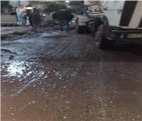 صور| بعد غرق بعض الشوارع ببنها.. مياه القليوبية تعلن إصلاح الخط