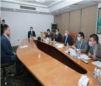 وزير النقل يحضر اختبارات المهندسين المعينين في المترو والقطارات الكهربائية السريعة