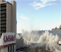 لحظة تفجير مبنى «ترامب بلازا» في أتلانتيك سيتي.. فيديو