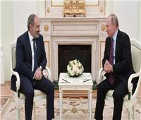 بوتين يبحث مع رئيس وزراء أرمينيا تنفيذ الاتفاقات بشأن قره باغ