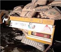 مصرع وإصابة 50 في حادث تصادم أتوبيس بمقطورة على طريق أسوان| صور