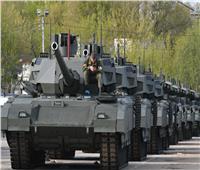 روسيا تعرض أحدث آلاتها العسكرية في «ايديكس 2021»