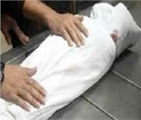 تشريح جثة عامل لقى مصرعه على أيدي 4 أشخاص في الجيزة