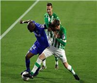 الشوط الأول  تعادل دون أهداف بين ريال بيتيس وخيتافي