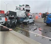 حادث مروع.. اصطدام أكثر من 100 سيارة بسبب الأمطار على إحدى الطرق الرئيسية