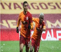مصطفى محمد يقترب من الدوري الإنجليزي