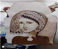 «ثقافة المنيا» يقدم مشغولات وبورتريهات جلود ضمن مبادرة «صنايعية مصر»