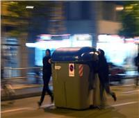 القبض على 4 أشخاص في إسبانيا بالاحتجاجات على حبس مغني راب