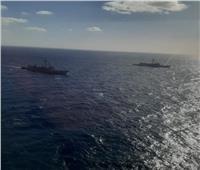 البحرية المصرية والإسبانية تنفذان تدريبًا بحريًا عابرًا بالبحر الأحمر