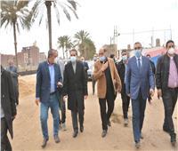 محافظ الغربية يتفقد أعمال تطوير قرية محلة أبو علي