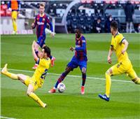 برشلونة يسقط في فخ التعادل مع قادش