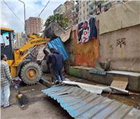 إغلاق 3 منشآت وإعدام مواد غذائية فاسدة في الإسكندرية