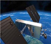 إنترنت الفضاء.. تصنيع 298 قمرًا لتوفير شبكة «واي فاي» للسفن والطائرات