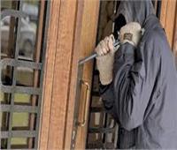 أمن الجيزة يفرغ كاميرات المراقبة لكشف هوية لص شقة بولاق الدكرور