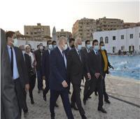 صور | وزير الشباب والرياضة ومحافظ الجيزة يتفقدا نادى حدائق الأهرام