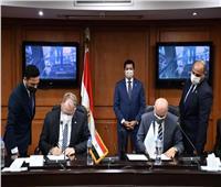 وزير الشباب والرياضة يشهد توقيع بروتوكول لدعم وبناء قدرات الشباب المصري