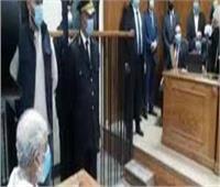 دائرة الإرهاب تأمر بضم 14 قضية في إعادة محاكمة المرشد السري للإرهابية