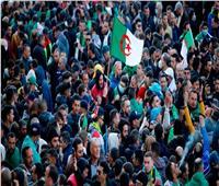 الآلاف يحتشدون بالجزائر في الذكرى الثانية للحراك