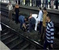 النيابة تعاين موقع انتحار شاب بمحطة مترو منشية الصدر
