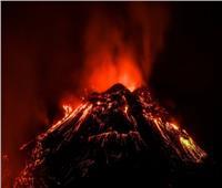 انفجار بركان هائل يهدد البحر المتوسط بعواقب مدمرة | فيديو