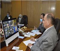 محافظ أسيوط يستعرض خطة لتنفيذ المشروعات الجديدة من مبادرة «حياة كريمة»
