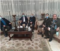 أعضاء السفارة الصينية يصلون مطار القاهرة لتوقيع بروتوكول تعاون لمكافة كورونا