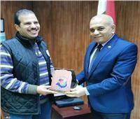 تكريم رئيس قسم الرياضي بـ«شباب المحلة» لمشاركته المتميزة في مونديال اليد