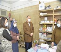 زيارة مفاجئة لمحافظ أسيوط لمخزن الأدوية بشرق المدينة