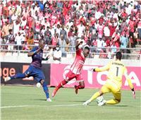 انطلاق الشوط الثاني من لقاء الأهلي وسيمبا في دوري الأبطال