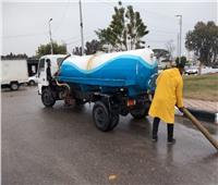 انتشار سيارات شفط مياه الأمطار في شوارع وميادين محافظات القناة