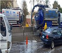 سحب تجمعات مياه الأمطار من شوارع الجيزة | صور