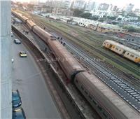 خروج عربة قطار عن القضبان بمحطة مصر في الإسكندرية