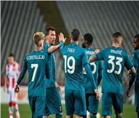 «يويفا» يحقق في تعرض لاعبي ميلان لإهانات عنصرية