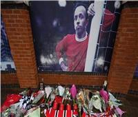 عائلة لاعب منتخب إنجلترا لكرة القدم تتبرع برأسه بعد وفاته.. تعرف علي السبب