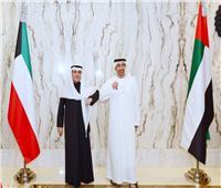 الإمارات والكويت تبحثان سبل تعزيز التعاون