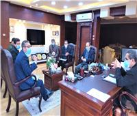 محافظ الغربية يعقد اجتماعات لمناقشة المشروعات الجارية