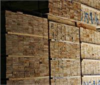 غلق مخزن أخشاب ومصنع أقمشة في الوراق
