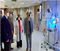 رئيس حي عين شمس يُتابع أعمال تطوير المستشفى العام