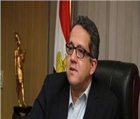 العناني: قوانين جديدة لدعم السياحة و«النواب» يوافق علي إنشاء البوابة المصرية للعمرة