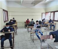 بداية مُبشرة.. الطلاب سعداء بامتحان اللغة العربية رغم التوتر