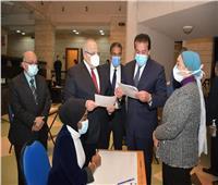 «عبدالغفار» يشيد بالإجراءات الاحترازية والتنظيمية في امتحانات جامعة القاهرة